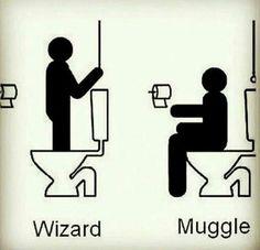 Funny Harry Potter Muggle Meme :D Harry Potter World, Mundo Harry Potter, Harry Potter Jokes, Harry Potter Universal, Harry Potter Fandom, Ridiculous Harry Potter, Hogwarts, Harry Potter Bathroom, Fans D'harry Potter