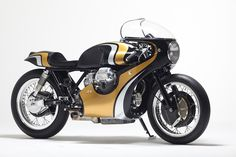 Twisted Twin - Stile Italiano Moto Guzzi 950 via returnofthecaferacers.com