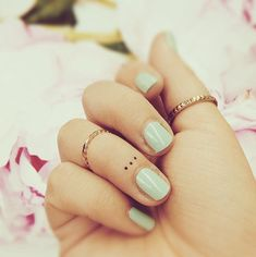 Dots Finger Tattoo