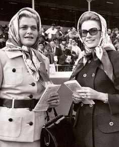 Prinses Grace en haar moeder Margaret Kelly-Majer, ca 1957.