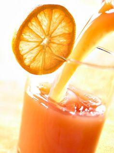Ma nem lesz szükség a turmixgépre, mert a mai vitamindús ital inkább egy gyümölcslé. Az összetevői, a frissessége és az utána maradó rengeteg... Tovább olvasom
