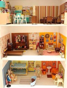 Blythe doll house but a barbiedoll will fit in well too, see some vitage Sindy furniture in there.