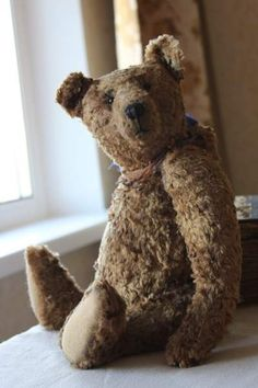 Chuck By Elena Karasenko - Chuck Big, kind bear with a traditional style.Author's Pattern.Materials: vintage plush, wood wool, sawdust, mineral granulate.All my bears comes from a Non Smoking home.Not suitable for children under the age of 12.Thanks for visit!