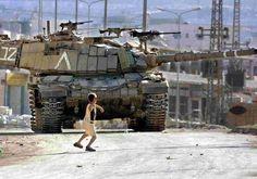 En #Gaza la lucha de palestinos contra la ocupación y el exterminio de Israel nos presenta un David y un Goliat... pic.twitter.com/I9wAQxezAP