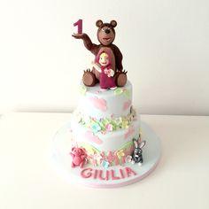 torta Masha e orso Masha and the bear cake