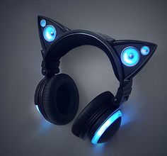 The latest fusion of fashion and functionality with external cat ear speakers and LED lights. Yuumei Art, Cat Headphones, Sports Headphones, Wireless Headphones, Graffiti Girl, Luz Led, Favim, Headset, Gadgets