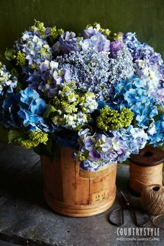 Country Style magazine. Bring your home to life with colourful fresh flowers arranged to catch the eye. Photography Sharyn Cairns, styling Indianna Foord #flowers #floral #botanical #hydrangeas