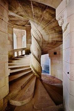 the stairs in Chambord. Design by Davinci