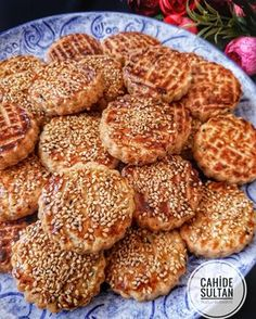 17 Ideas Desserts Finger Snacks For 2019 Cookie Recipes, Dessert Recipes, Oil Cake, Homemade Donuts, Donut Glaze, Dessert Bread, Turkish Recipes, Cupcakes, Food And Drink