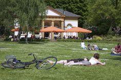 Sonntag bei Traumwetter im Nordpark in Bielefeld
