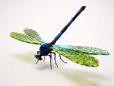 Dragonfly by Wesley Fleming, a glassworker who specializes in insects.
