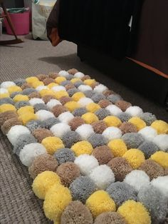 This is handmade by myself each Pom Pom is each and have been double tied together and also to the mat. There are 120 Pom poms on this rug. Crafts For Teens To Make, Crafts To Sell, Home Crafts, Diy And Crafts, Pom Pom Mat, Pom Poms, Pom Pom Crafts, Yarn Crafts, Tapetes Diy