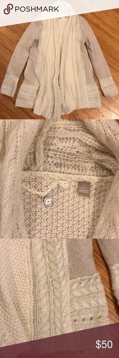 """Anthropologie Knitted and Knotted cream sweater XS Super comfy and cozy, this cream open front cardigan sweater is a unique twist on an everyday basic! There is one spot on the wrist where the fabric has pulled (see last pic) but otherwise it's in excellent condition. Smoke free and pet free home. Measures 26"""" Long from shoulder. Anthropologie Sweaters Cardigans"""