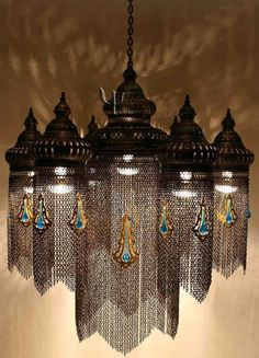 Ottoman Chandelier with amazing lighting Art Nouveau, Deco Luminaire, Moroccan Lamp, Vintage Lighting, Beautiful Lights, Lampshades, Chandelier Lighting, Crystal Chandeliers, Lamp Light