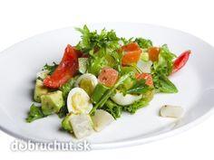 Avokádový šalát s vajíčkom a paradajkami