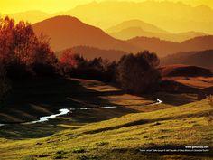 Jeśli chcesz odwiedzić to miejsce, zapraszamy na www.turcja.com.pl Solo Travel, Travel Tips, Backpacking Asia, Black Sea, Places To Go, Beautiful Places, Coast, Wanderlust, Around The Worlds