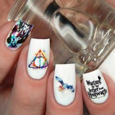 Harry Potter Nails With Watercolor Design ❤️ Harry Potter fan art is something unique and special. That is why it is time to enrich your collection with Hufflepuff Gryffindor Slytherin and Ravenclaw easy ideas! Harry Potter Nail Art, Harry Potter Nails Designs, Cute Acrylic Nails, Cute Nails, Gel Nails, Water Color Nails, Disney Nails, Crystal Nails, Square Nails