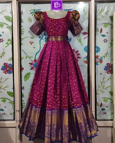 Kids Blouse Designs, Fancy Blouse Designs, Stylish Dress Designs, Designs For Dresses, Party Wear Indian Dresses, Indian Fashion Dresses, Frock Fashion, Indian Gowns, Girls Dresses Sewing
