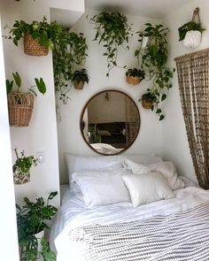 Bed nook version #2 We're currently pretending that it's a real jungle and that our dogs are Timon and Pumba .. but instead of being the…