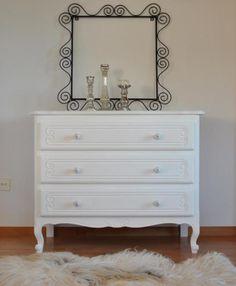 *** Original französischer Charme *** Kommode von cottage no8 *** White Living *** Chalk Paint ***