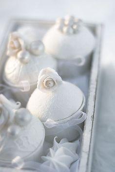 #cupcakes #winter #white #pretty