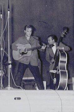 Elvis performed at the University of Dayton Field House, Dayton, Ohio 5-27-56 pic.twitter.com/yLzhIseHI7