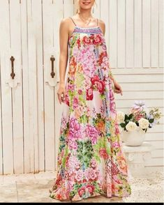 This floral print maxi cami dress with split thigh is the perfect non fuss dress that's feminine, pretty and will lift your spirits. Dress P, Dress Outfits, Fashion Dresses, Houndstooth Dress, Spaghetti Strap Dresses, Spaghetti Straps, Day Dresses, Wedding Dresses, Special Occasion Dresses