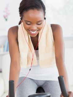 Exercise and Music: How the Right Tunes Can Improve Your Performance (Cathe Friedrich) Fitness Goals, Fitness Tips, Fitness Motivation, Fitness Music, Fitness Routines, Fitness Plan, Running Motivation, Muffin Top Exercises, Workout Songs