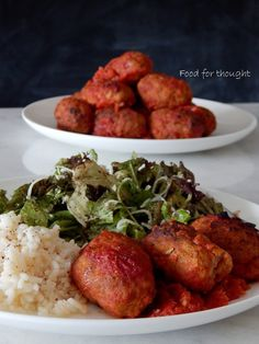 Food for thought: Σουτζουκάκια στο φούρνο Greek Dishes, Mediterranean Recipes, Greek Recipes, Kid Friendly Meals, Tasty Dishes, Tandoori Chicken, Food For Thought, Ground Beef, Food Styling