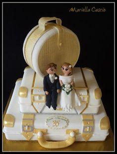 wedding luggage cake  Cake by Mariella Cascio