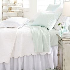 Decorative stitching at the hem adds detail to the classic elegance of our 400-thread-count cotton sheets.