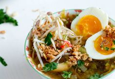Soto Ajam | de uitgebreide versie - DOORETEN A Food, Good Food, Food And Drink, Asian Recipes, Healthy Recipes, Ethnic Recipes, Endometriosis Diet, Indonesian Food, Indonesian Recipes