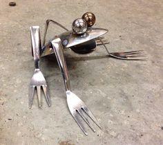 Frog+Recycled+Garden+Art+upcycle+kitchen+utensils+di+nbillmeyer