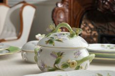 Enjoy a truly Hungarian afternoon tea at the Gresham Bar and Restaurant everyday with a unique Herend porcelain tea set. Certainly a special experience to cherish!