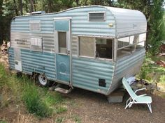 1965 vintage classic Kenskill 17' travel trailer. With some TLC this could be great. Great windows.