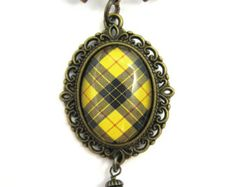 Tartan Jewelry - Ancient Romance Series - Scottish Tartans Collection - Clan MacLeod of Lewis MacLeod Bow Brooch