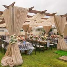 Presenting Suggest theme you will like to see featured in the comment box? Tag friend who will be interested in today's… Nigerian Traditional Wedding, Traditional Wedding Decor, African Wedding Theme, Wedding Store, Wedding Ceremony Decorations, Wedding Ideas, Event Decor, Event Design, Garden Wedding