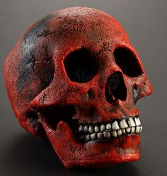 Incinerated Humans Red Skull from Mars Attacks! | Prop Store - Ultimate Movie Collectables