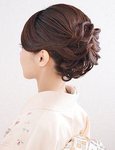 【訪問着ヘア】華やぎある上品スタイル|夢館ビューティー || 京都 || 着物着付・ドレスヘアセット&メイク || 結婚式・およばれ・パーティに