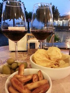 Bar Rossi, Bellagio - Restaurant Reviews, Phone Number & Photos - TripAdvisor Italy Travel, Italy Trip, Red Wine, Alcoholic Drinks, Number, Bar, Phone, Food, Tips