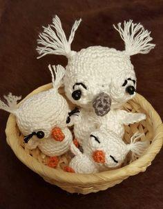 Show Owl family Owl Family, Snowman, Christmas Ornaments, Disney Characters, Holiday Decor, Art, Amigurumi, Craft Art, Christmas Jewelry