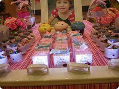 Festa Pronta - Confeitaria - Tuty - Arte & Mimos Que tal usar esta inspiração para a próxima festa? Entre em contato com a gente! www.tuty.com.br #festa #personalizada #party #bday #birthday #tuty #Happy #love #party #Bday #Cute #cake #cupcaky #candy #sugar #Confeitaria #chef #pink