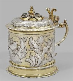 Silver tankard. Some1 says this represents Mr. Putin Russia thinks my rendition of the Ben/Liz Beckmann demanding from Dave $10M ransom for me, still harming us, that Mr. R. Mohn left Bertelsmann to Dave, and stopped our wedding day in 9/2015 is sterling. Personally, I don't know. Ask Dave, he knows.