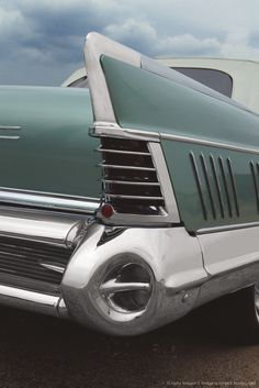 Image detail for -This 1958 Buick Limited Convertible is a good example of ornate, chrome-laden styling, popular in the late 1950's.