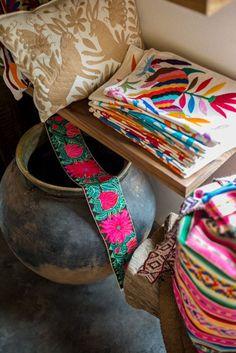 Love Mexican handmade textiles! (Otomi - tenangos pictured).