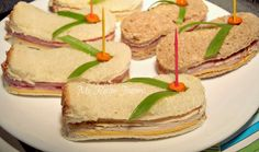 Flip Flop Sandwiches!  I'm a flip flop girl, and these are just too cute and fun...I like this idea...