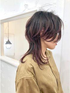 ネオウルフ×バレイヤージュ×ピンクブラウン:L039419295|ホリー(HOLLY)のヘアカタログ|ホットペッパービューティー Haircuts For Medium Hair, Girl Haircuts, Hairstyles With Bangs, Pretty Hairstyles, Medium Hair Styles, Short Hair Styles, Mullet Haircut, Mullet Hairstyle, Hair Inspo