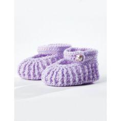 Crochet Baby Booties. Free pattern from Bernat here: http://www.yarnspirations.com/patterns/crochet-booties-194969.html.