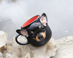 Polymer Clay Charms, Polymer Clay Art, Polymer Clay Jewelry, Pottery Animals, Clay Cup, Cute Chihuahua, Cup Art, Pet Urns, Chihuahuas