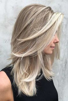 27 Amazing Hairstyles for Long Thin Hair (Must-See Haircuts for Fine Hair) - Hair Cuts Haircuts For Long Hair With Layers, Haircuts For Fine Hair, Straight Hairstyles, Hairstyles 2018, Summer Hairstyles, Medium Length Hair With Layers Straight, Long Thin Hair Cuts, Trendy Hairstyles, Medium Length Hair Cuts With Layers